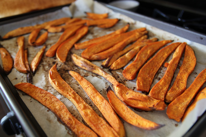 Paleo Sweet Potato Fries | stephgaudreau.com