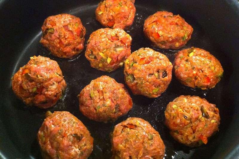 Slow Cooker Italian Meatballs | StupidEasyPaleo.com