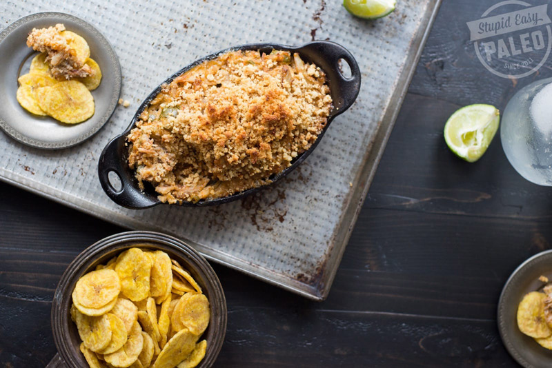 Delicious Paleo Jalapeño Crab Dip recipe that's gluten-free and dairy-free. Perfect for your game day eats or holiday party!   StupidEasyPaleo.com