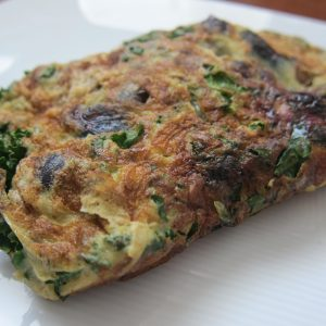 Blueberry Kale Omelette | StupidEasyPaleo.com