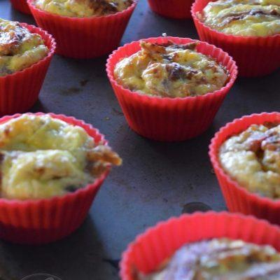 Paleo Carnitas Egg Muffins | stephgaudreau.com