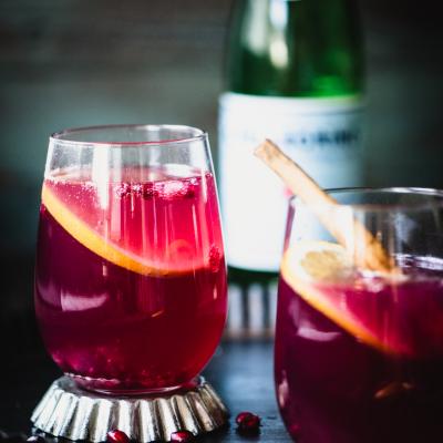 Pomegranate Spritzer Recipe | StupidEasyPaleo.com