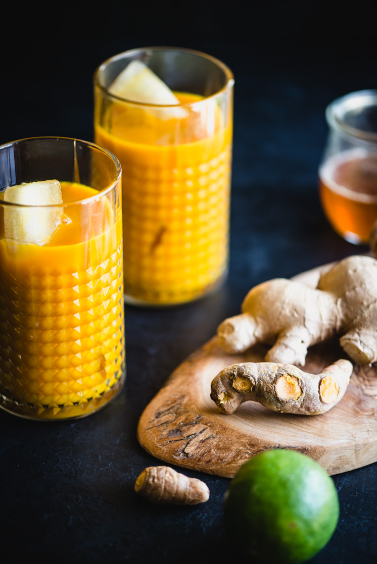 turmeric root, ginger root, and lime are main ingredients