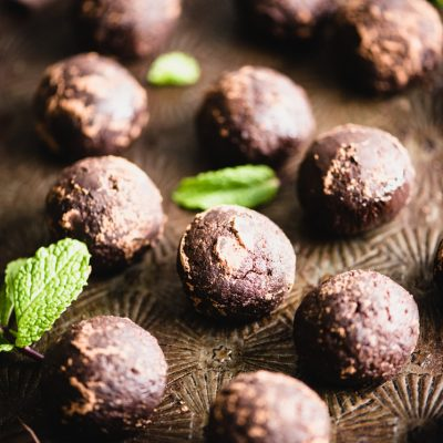 Peppermint Hot Cocoa Bites are a perfect no bake two-bite treat with a collagen protein boost. They're gluten-free and chocolatey with a hint of mint. | StephGaudreau.com