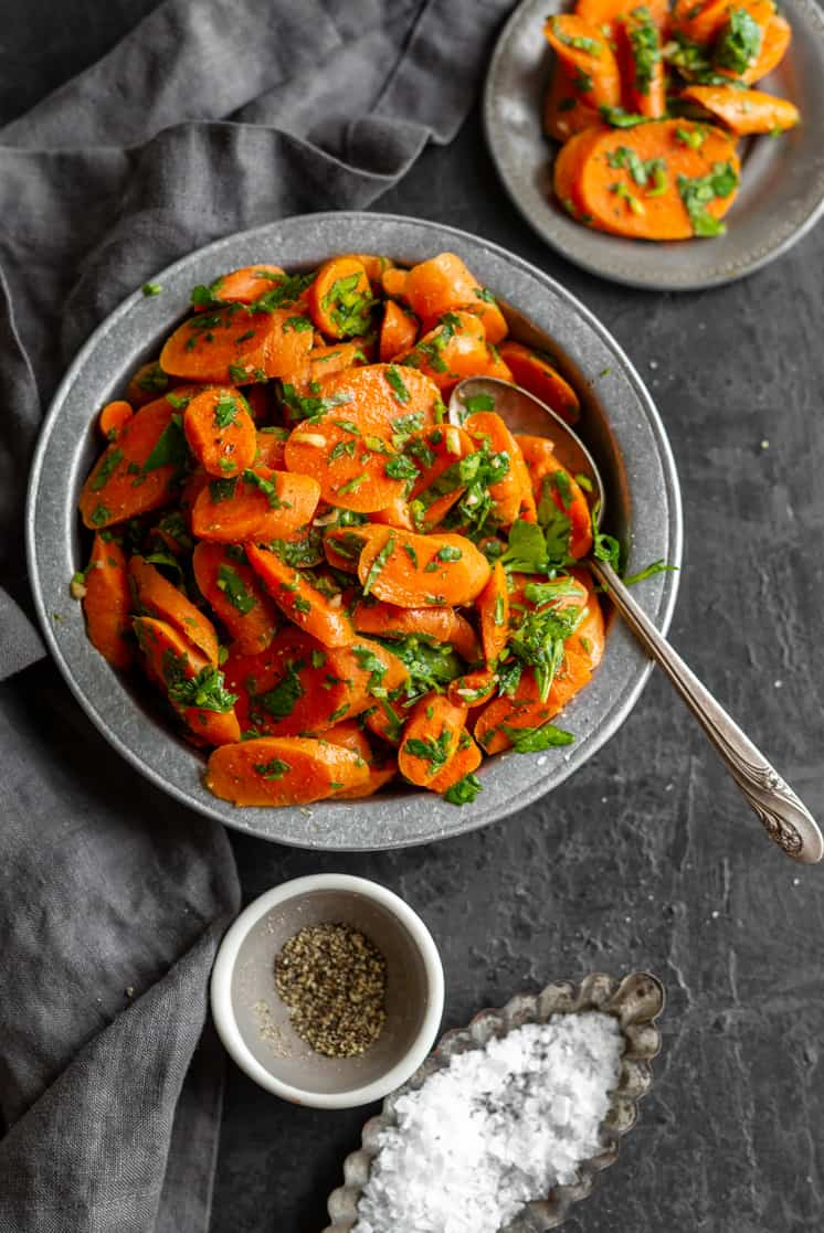 moroccan carrot salad with carrots parsley and spices